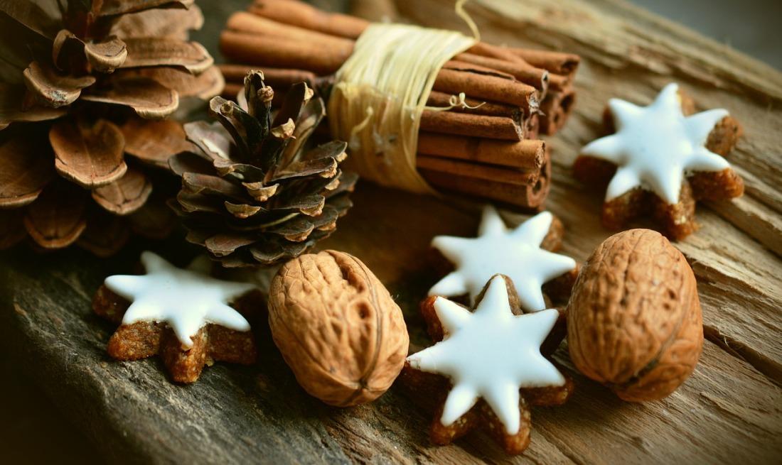 cinnamon-stars-2991174_1280.jpg